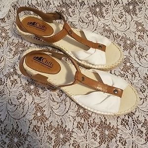 Cliffs by White Mountain sandals sz6.5